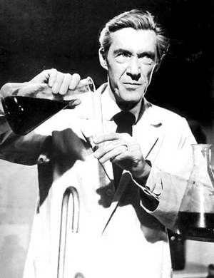 john-carradine-invisible-invaders